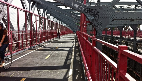 Williamsburg Bridge: A highly successful, AASHTO-compliant design featuring one (1) 14? path for pedestrians-runners plus one (1) 14? path for cyclists.